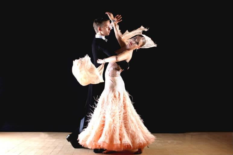 learn to waltz